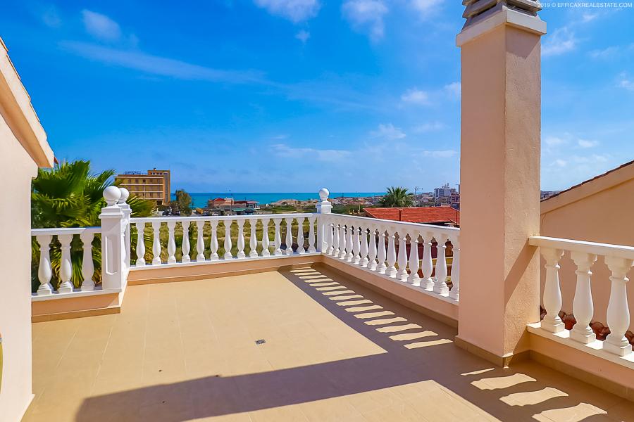 Krásná vila 4kk s výhledem na moře