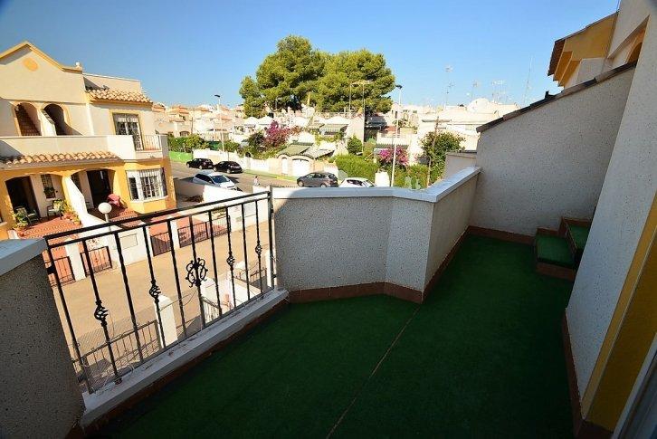 Řadový dům 3 kk v klidné oblasti Los Altos