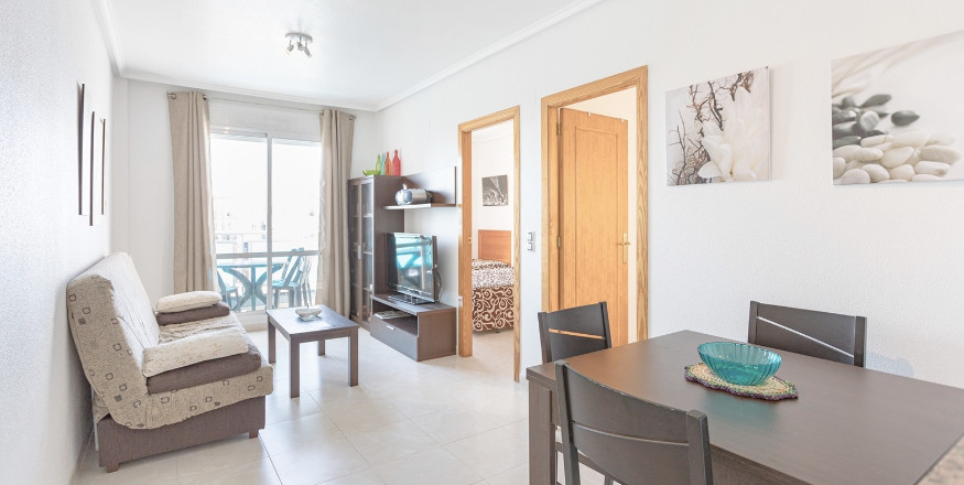 Krásný, útulný a moderně zařízený byt 3+1, Torrevieja