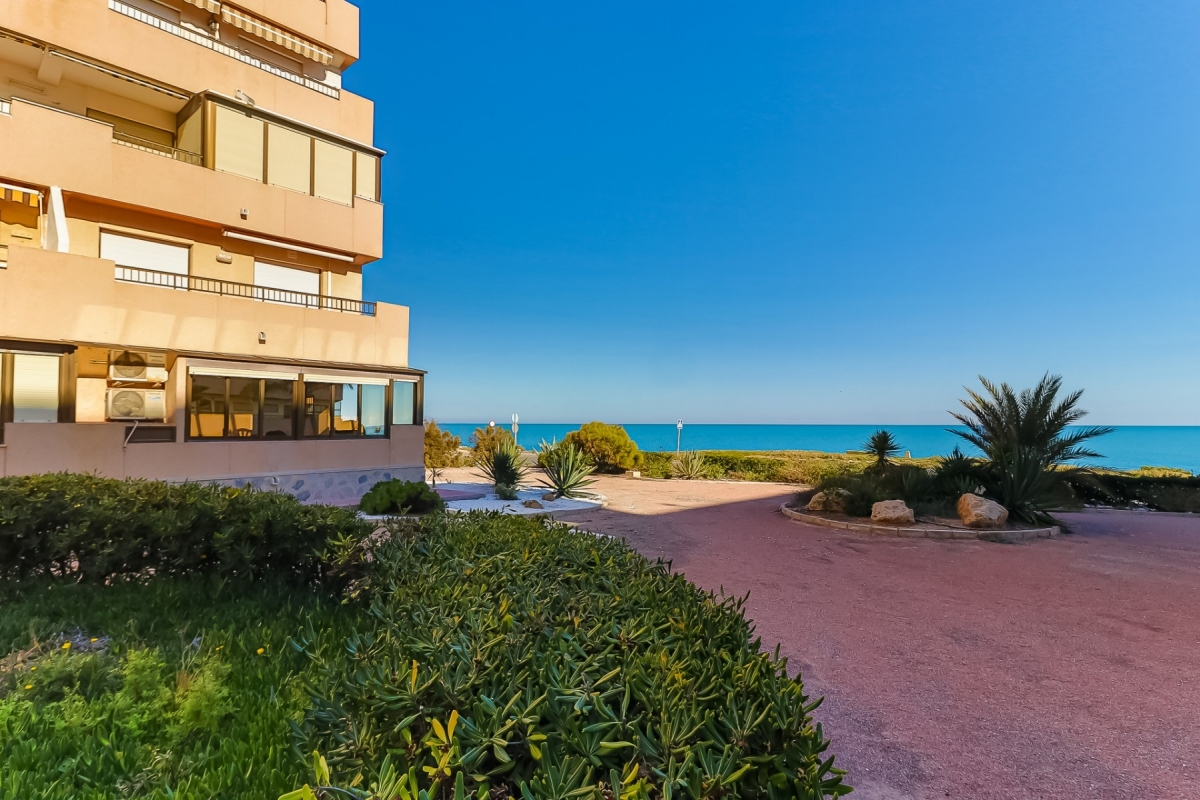 Apartmán 3+1 s výhledem na  moře v Cabo Cervera