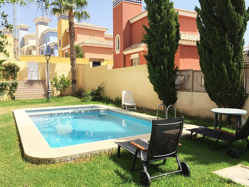 Luxusní samostatně stojící vila v Orihuela Costa