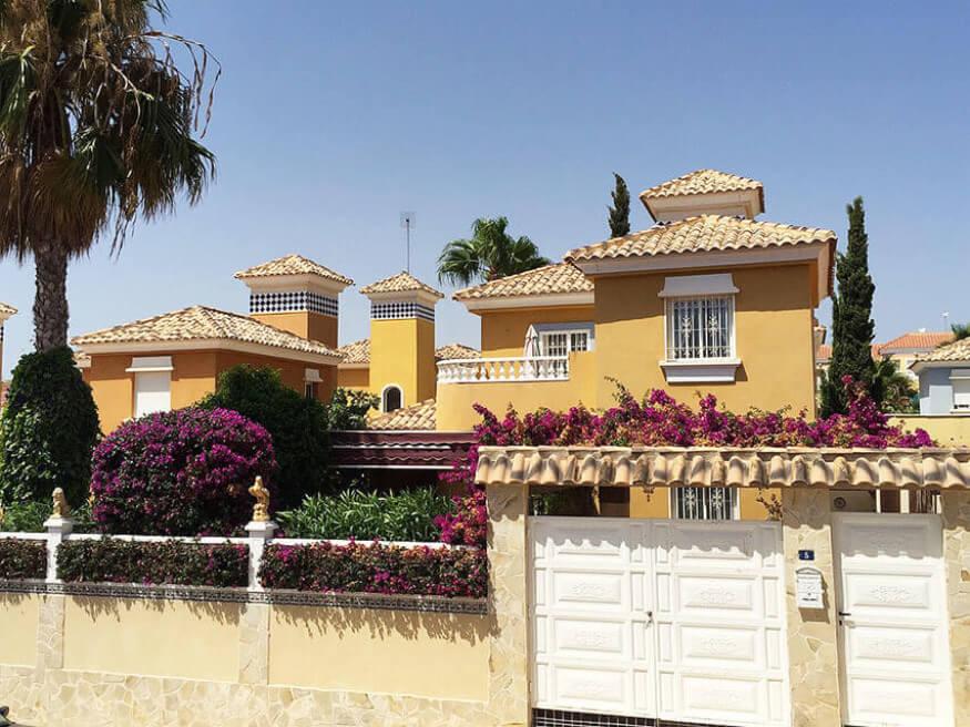 Luxusní samostatně stojící vila