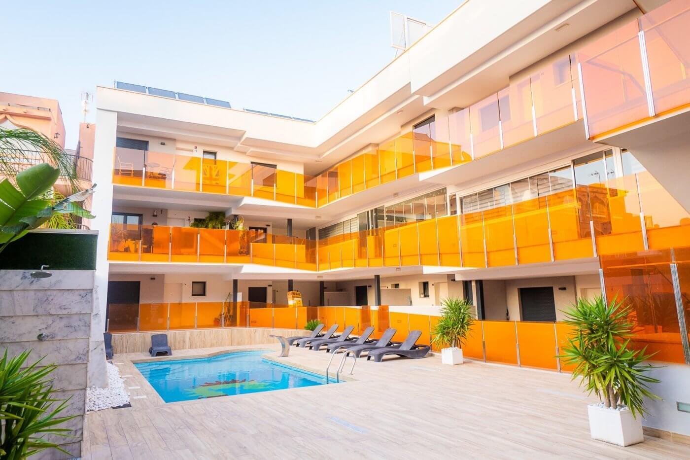 Luxusní apartmán 3+1 s parkovacím místem a skladem